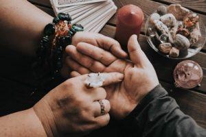 Prerokovanje, branje z dlani